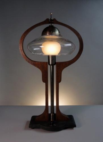 Donovan Harp. Table Lamp