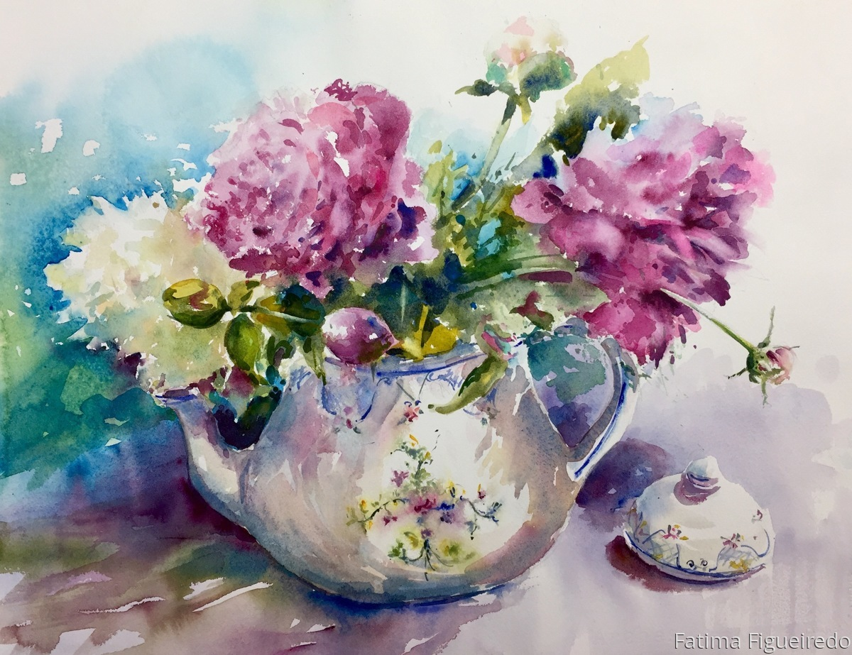 Teapot with peonies (large view)