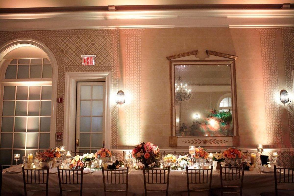 WEDDINGS 031 (large view)