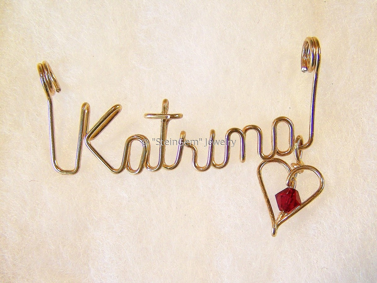 Name Necklace in 14 Kt Gold Filled or Sterling Silver Wire (large view)