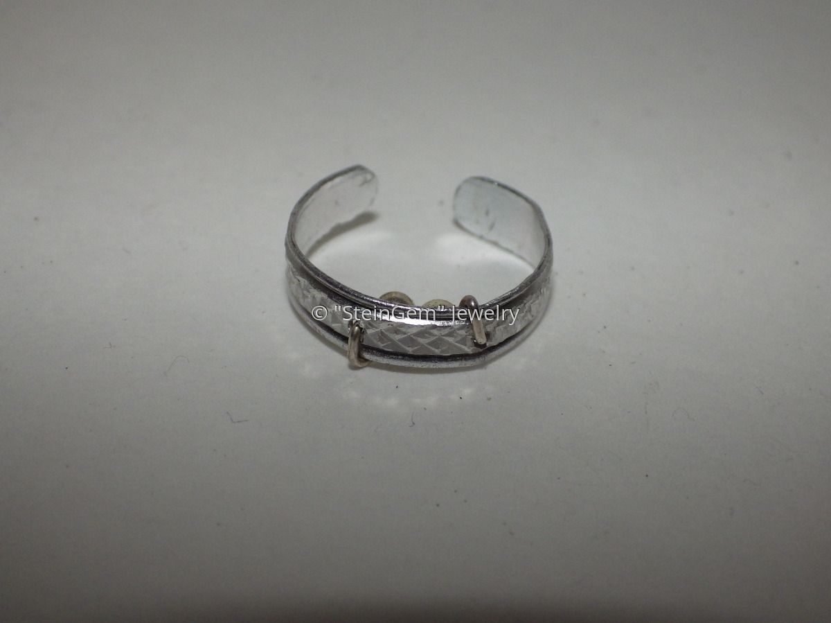 """""""Silent Sleeper"""" Snore Relief Ring (Aluminum) (large view)"""
