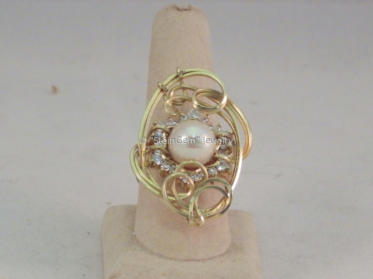 Faux Pearl Ring (large view)