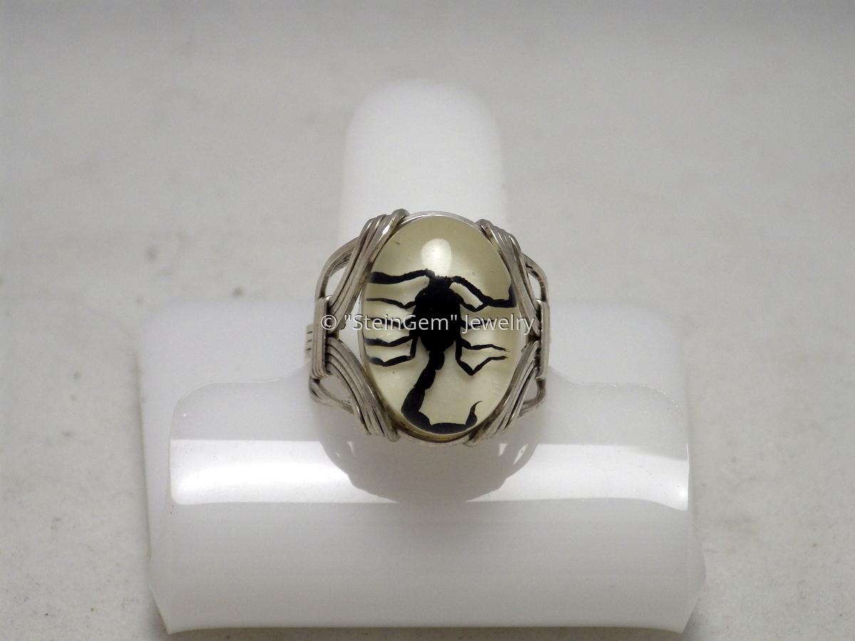 Black Scorpion Ring (large view)