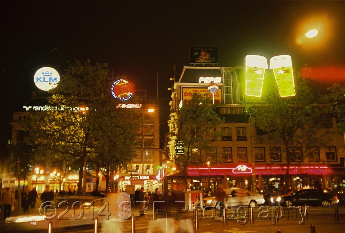 De Leidseplein' s nachts (large view)