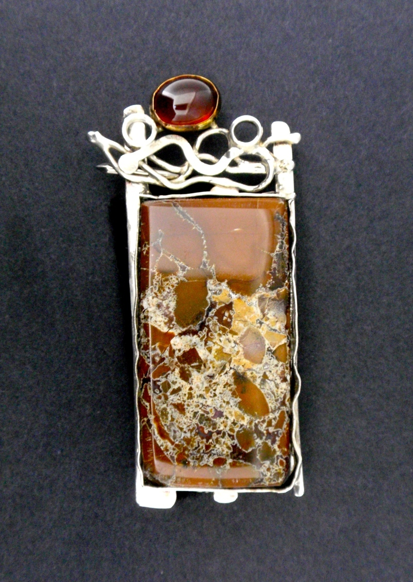 MP-23 Jasper, Spessartite, 14 Kt Gold, Silver (large view)